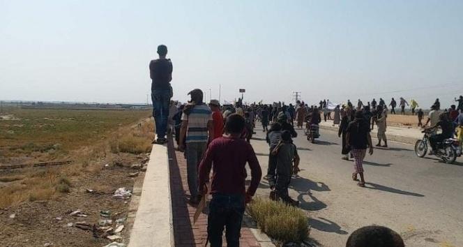 Deyrizor'da Esad rejimine karşı protesto: 2 ölü