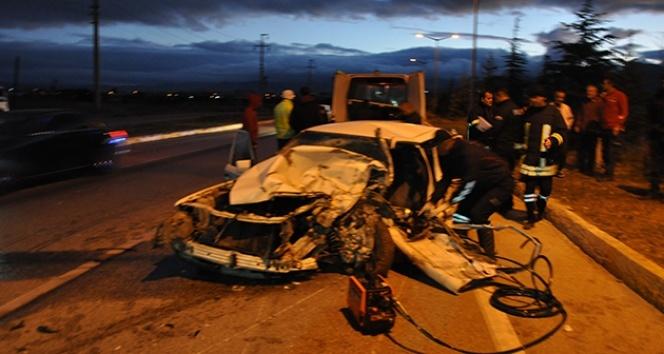 Afyonkarahisar'daki kazada ölü ve yaralılar var