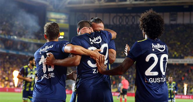Fenerbahçe geriye düştüğü maçta 3 puanı aldı