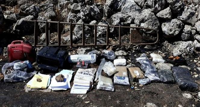 Kıran 2 operasyonunda PKK'ya ait 3 sığınakta mühimmatlar bulundu