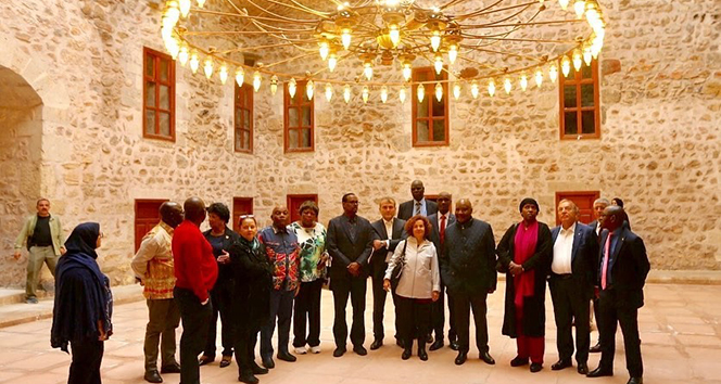 Afrika ülkelerinin büyükelçileri Tokat'ta tarihi mekanları gezdi
