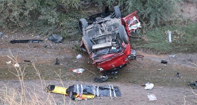 Sivas'ta trafik kazası; 2 ölü 6 ağır yaralı