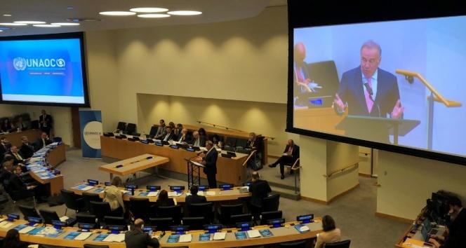 """BM'de konuşan Yücel: """"Ders kitaplarında, farklı inanç ve dinlere yönelik nefret dili ayıklanmalıdır"""""""