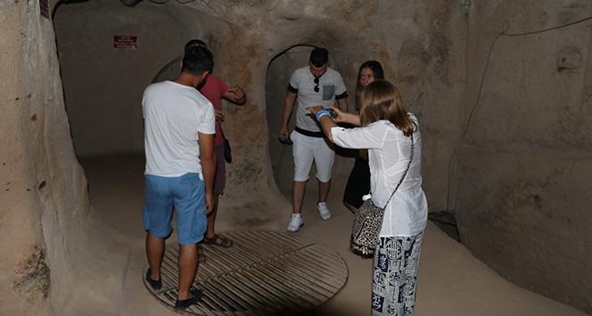 Roma Dönemi'nden kalan 7 katlı yeraltı şehrine yoğun ilgi
