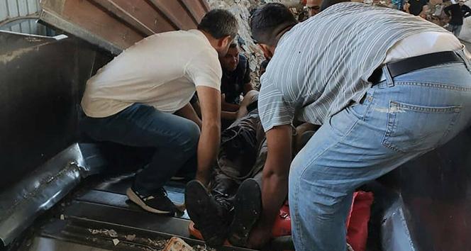 Bacağı çöp öğütücü makineye sıkıştı, ekipler seferber oldu