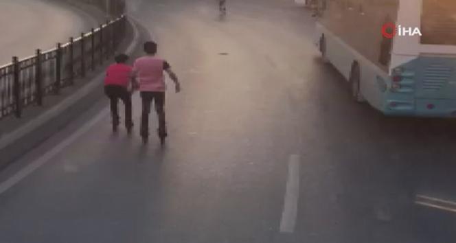 Çocukların tehlikeli yolculuğu yürekleri ağza getirdi