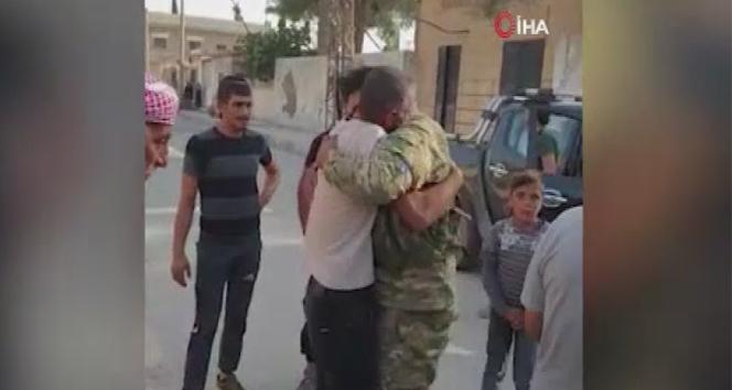 Suriye Milli Ordusu askeri Tel Abyad'da ailesine kavuştu