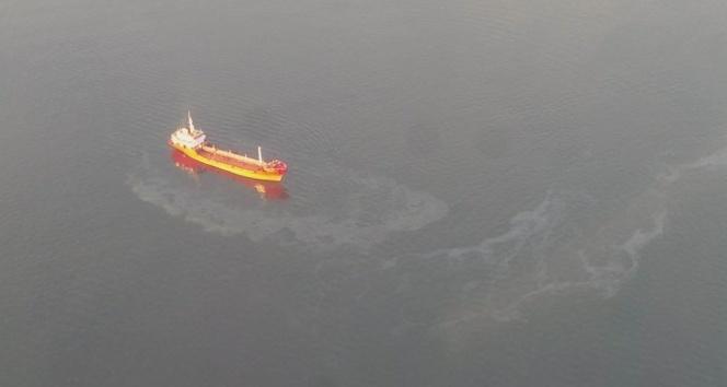 İzmit Körfezi'ni kirleten gemilere ceza yağdı