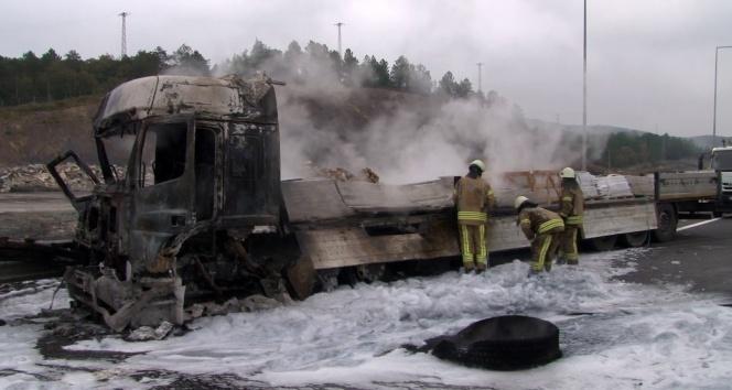 Kuzey Marmara Otoyolu'nda tır kazası!