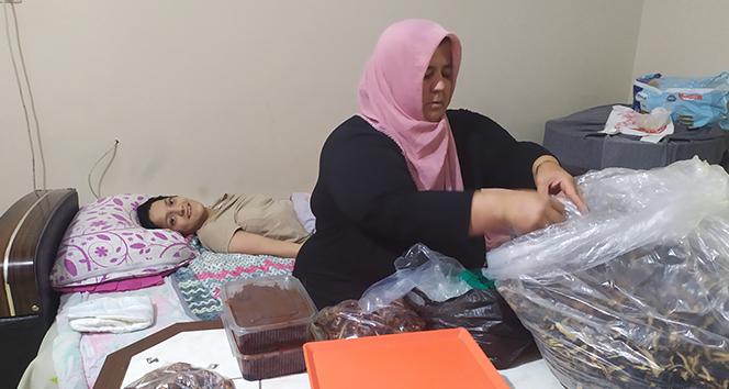 Üç çocuğu için mücadele eden fedakar anne: 'Ben çocuklarıma ekmek alayım yeter'