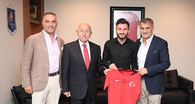 Enver Cenk Şahin'den Başkan Nihat Özdemir'e ziyaret