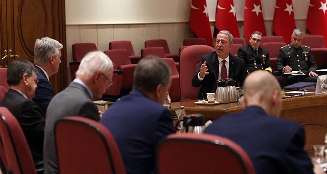Milli Savunma Bakanı Akar, ABD Ulusal Güvenlik Danışmanı O'Brien'ı kabul etti