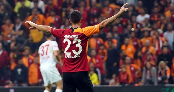 Gol düellosunda 3 puan Galatasaray'ın