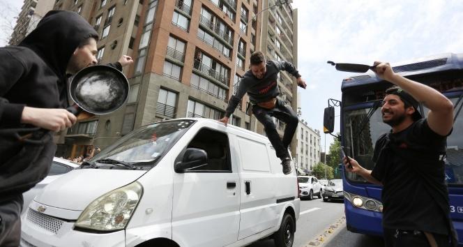Şili'deki protestolarda süper market yakıldı: 3 ölü
