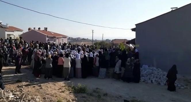 Uşak'taki yangında baba ve 3 çocuğu öldü, anne ağır yaralı
