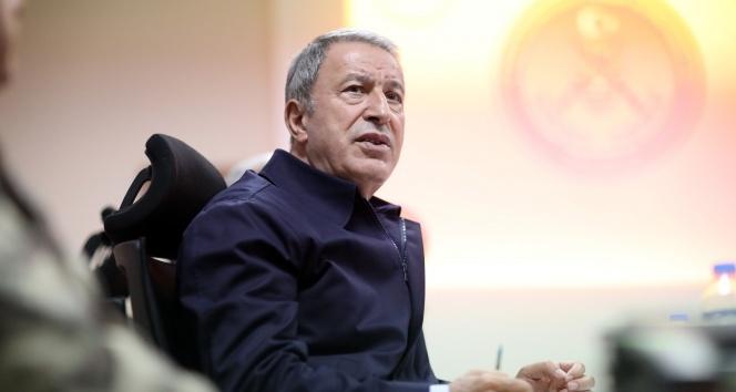 Milli Savunma Bakanı Akar'dan şehit askerler için başsağlığı mesajı