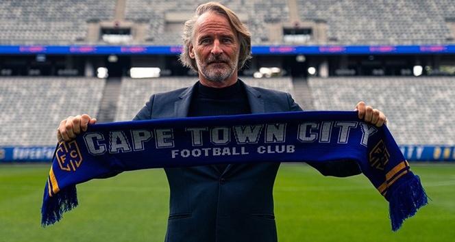 Jan Olde Riekerink, Cape Town City'nin başına geçti