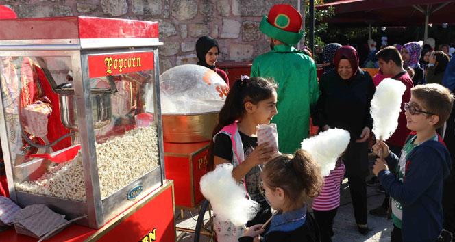 Mevlid Kandili Eyüpsultan'da çocuklarla kutlandı