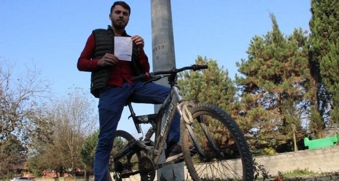 İlk trafik cezasını bisikletiyle yedi