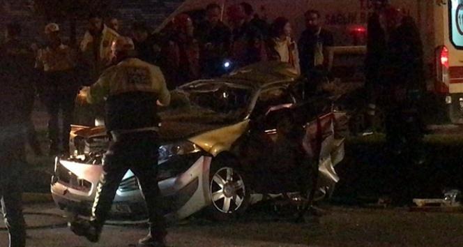 Sakarya'da zincirleme kaza: 3 ölü, 7 yaralı