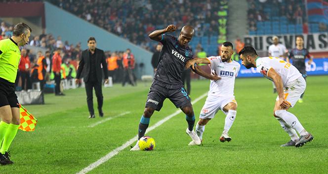 ÖZET İZLE: Trabzonspor 1-0 Alanyaspor Maçı Özeti ve Golleri İzle | Trabzonspor Alanyaspor kaç kaç bitti?