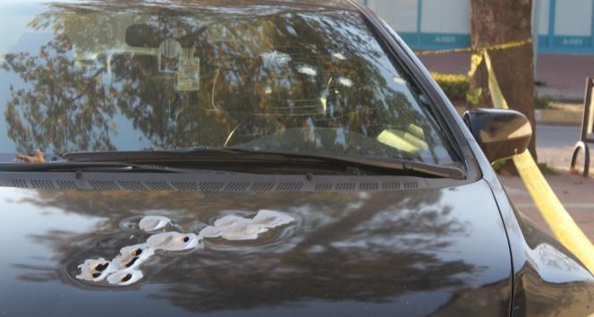 Otomobilinde silahlı saldırıya uğrayan şahıs, kendi imkanı ile hastaneye gitti