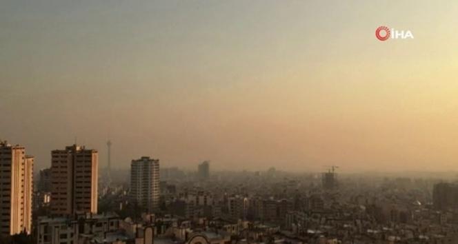 İran'da okullara 'hava kirliliği' tatili