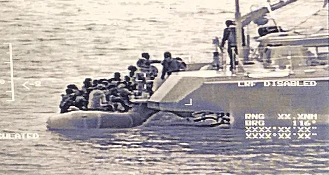 MSB: 'Edremit Körfezi'nde 51 düzensiz göçmen kurtarıldı'