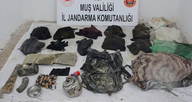 Muş'ta PKK terör örgütüne ait sığınak ve malzeme ele geçirildi