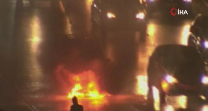 E5'te alev alev yanan aracı beton mikseri söndürdü