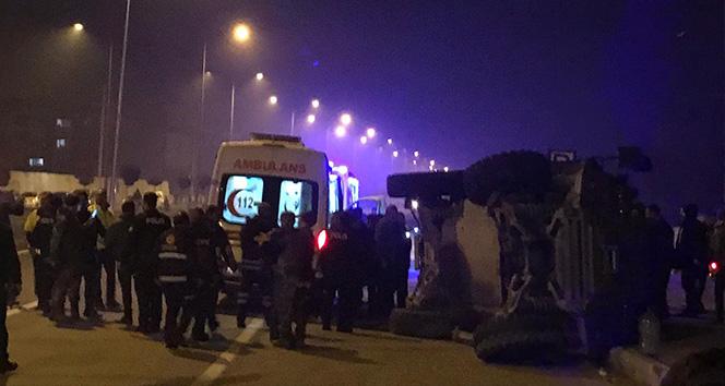 Iğdır'da zırhlı polis aracı otomobille çarpıştı: 5 yaralı