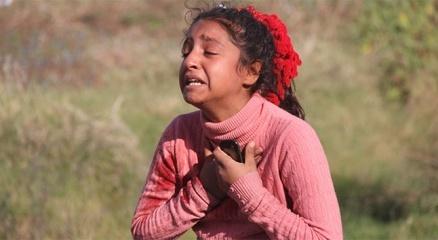 Kardeşini kazada kaybeden çocuk Annesizlik böyle bir şey diye ağladı