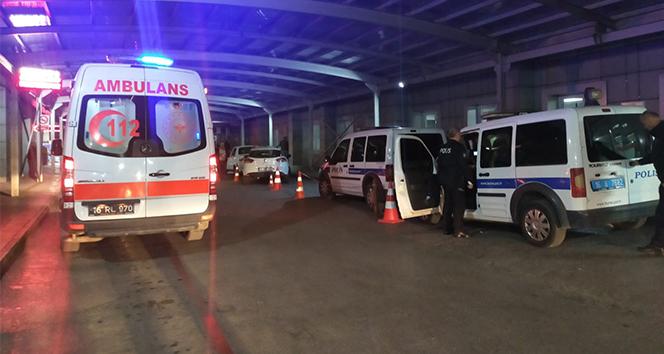 Bursa'da kapıcı ve yönetici kavgasında baltalar konuştu: 1 polis yaralı
