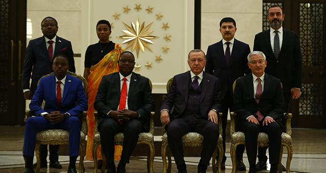 Cumhurbaşkanı Erdoğan Burundi Büyükelçisi Bikebako'yu kabul etti