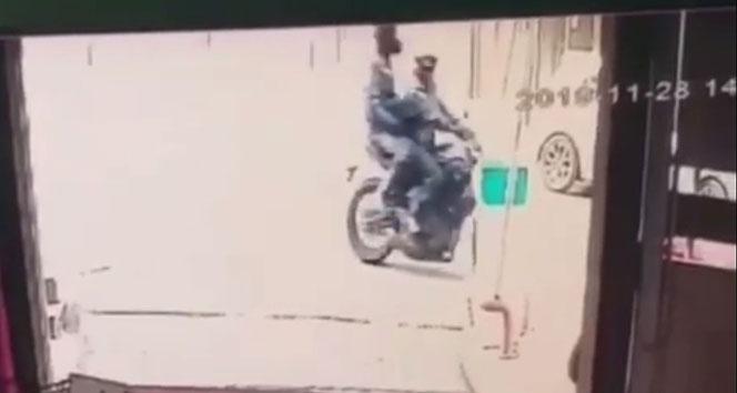 Mecidiyeköy'de kasklı hırsızlar, motosikleti güpegündüz çaldı