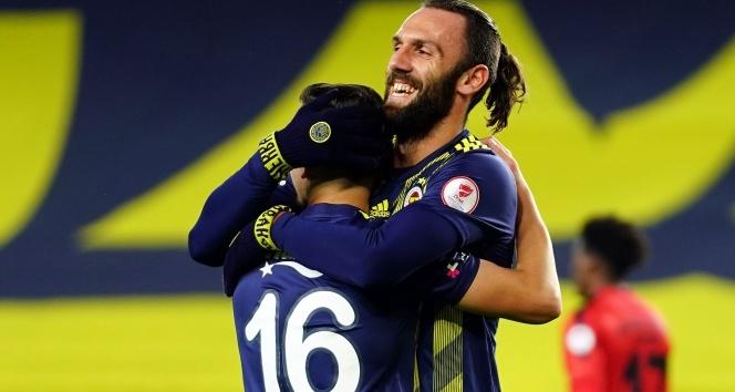 ÖZET İZLE: Fenerbahçe 4 - 0 İstanbulspor Maç Özeti ve Golleri İzle| FB İstanbulspor Kaç Kaç Bitti