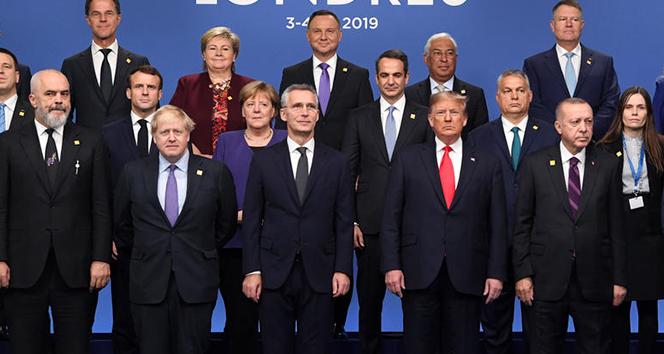Cumhurbaşkanı Erdoğan, liderlerle aile fotoğrafına katıldı