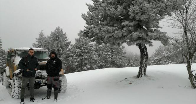Çanakkale'nin yüksek kesimlerinde kar yüksekliği 20 santimetreye ulaştı