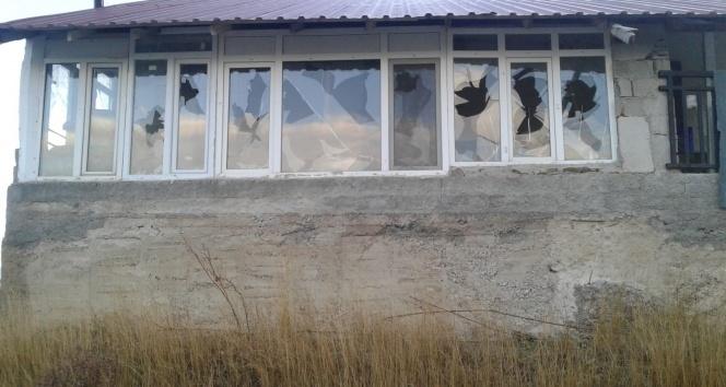 Antalya'da yayla evleri talan edildi