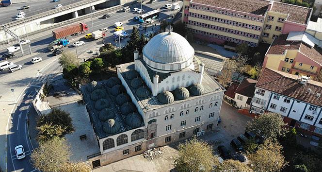Avcılar'da depremde minaresi yıkılan camide yeni gelişme