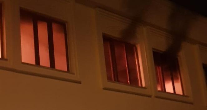 Taziye evinde yangın çıktı