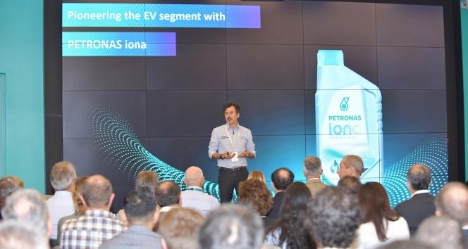 Elektrikli Araç Sıvıları Sempozyumu, Petronas'ın Torino'daki AR-GE Merkezi'nde gerçekleşti