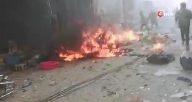 Rusya ve Esad rejimi İdlib'de pazar yerini bombaladı: en az 2 ölü
