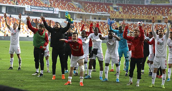 Lider Sivasspor'a 2 gün izin