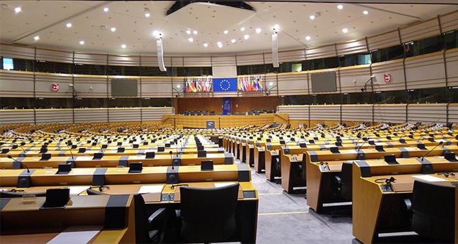 Avrupa Parlamentosu milletvekillerinden Apple'a 'Kırım' mektubu