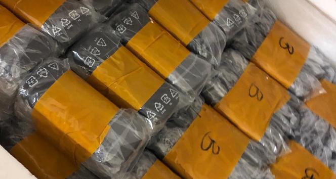 Yurt dışından tır ile kaçak ürün getiren şahıslara operasyon: 2 gözaltı