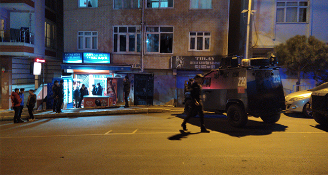 Eyüpsultan'da büfeye silahlı saldırı: 1 ağır yaralı