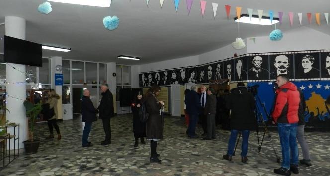 Dünya çapında düzenlenen grevler Kosova'ya da sıçradı