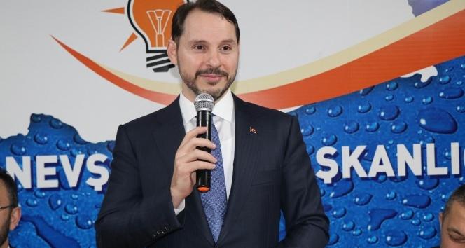 Bakan Albayrak, AK Parti İl Başkanlığını ziyaret etti