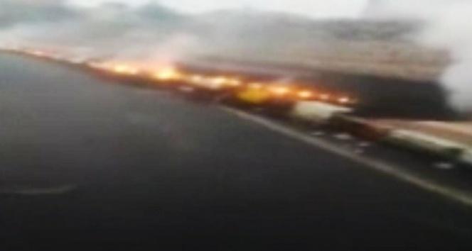 Aşırı yükü taşıyamayan yüksek gerilim hattı kablosu yanarak koptu